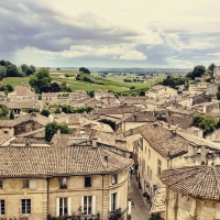 Repose in Bordeaux-St Emilion.